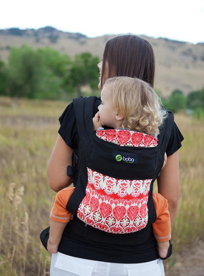 Безопасное ношение ребёнка в современном эрго-рюкзаке Боба (Boba Baby Carrier 3G)