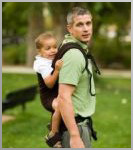 Роберт с рюкзаком фирмы Boba Family